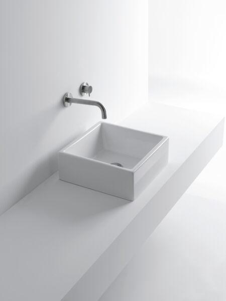 lavabo ceramique tank l40xp41xh145 cm blanc brillant achat vente ondyna wta4009. Black Bedroom Furniture Sets. Home Design Ideas